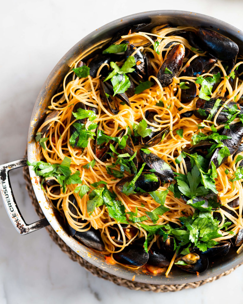 Spaghetti marinara with mussels