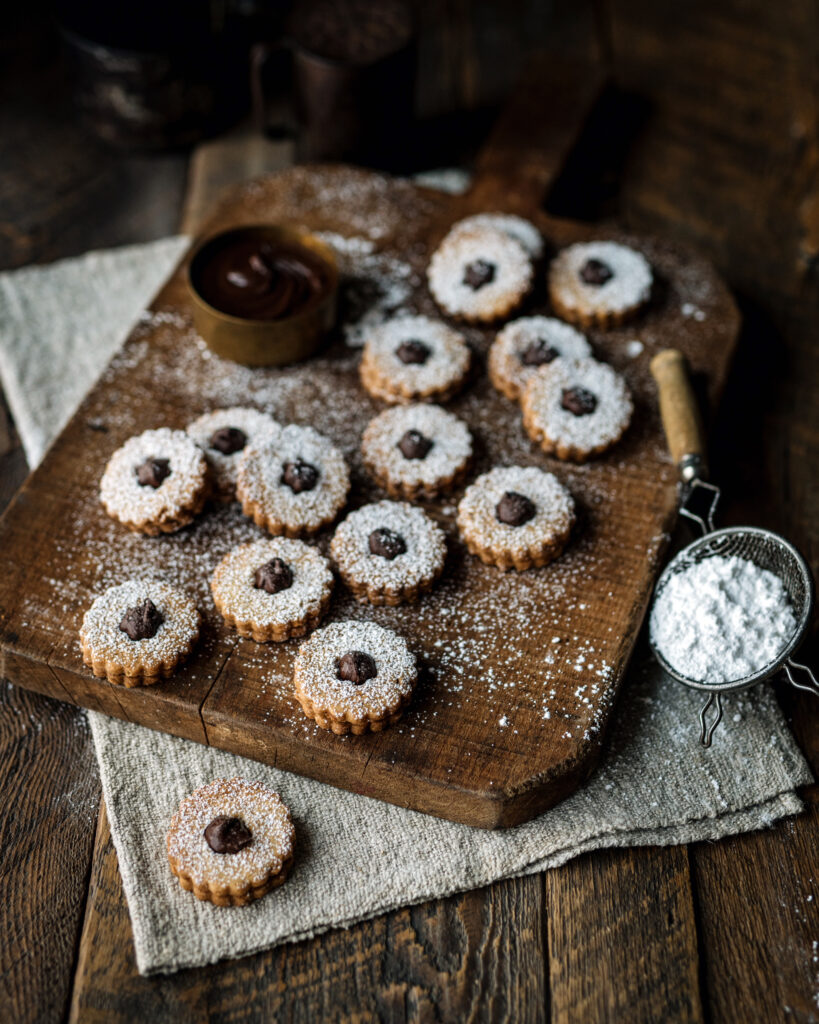 Biscuits Linzer noisettes cacao